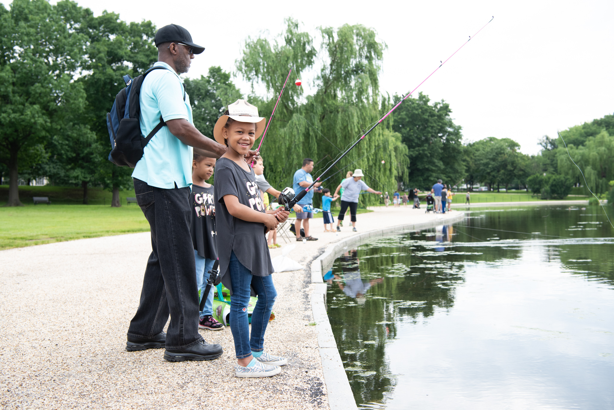To officially kick off National Boating and Fishing Week,{ }Urban American Outdoors TV partnered with{ }the US Forest Service, US Fish & Wildlife, NPS Healthy Parks Healthy People, National Wildlife Federation, and the Bureau of Land Management to co-host the fourth annual Urban Kids Fishing Derby.{ } The catch and release derby was free, open to the public and intended to celebrate kids connecting with nature, fishing and public lands. Families gathered at Constitution Gardens on the Mall to learn from rangers about fishing best practices, before competing to see who could catch the biggest fish! (Image: Jeff Martin)