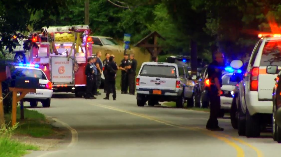 (FILE) The scene at Deaverview Apartments on July 2, 2016 where Jai Williams, 35, was shot and killed by Sergeant Tyler Radford. (Photo credit: WLOS staff)