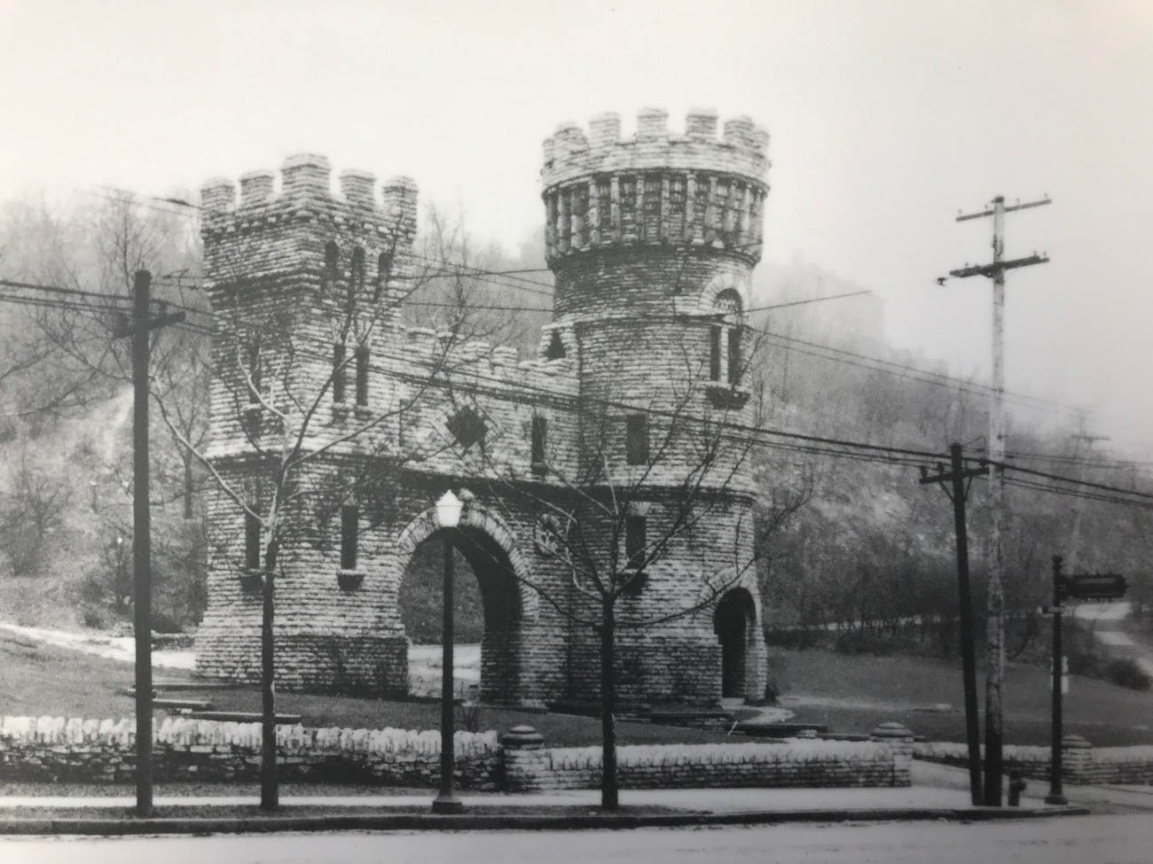 "Known as Elsinore Arch, the ""castle"" was completed in 1883 with the initial purpose of being an eccentric valve house for Cincinnati Water Works. / Image courtesy of Parks Bettman Library Archive // Published: 4.12.19"
