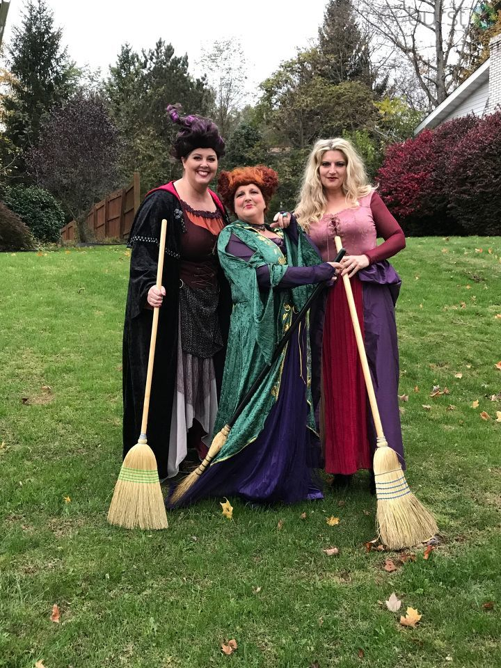 The Sanderson Sisters make an appearance.{&amp;nbsp;}<p></p>