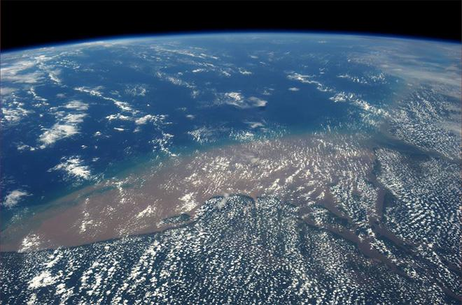Another view of the immense Amazon delta (Photo & Caption: Luca Parmitano, NASA)