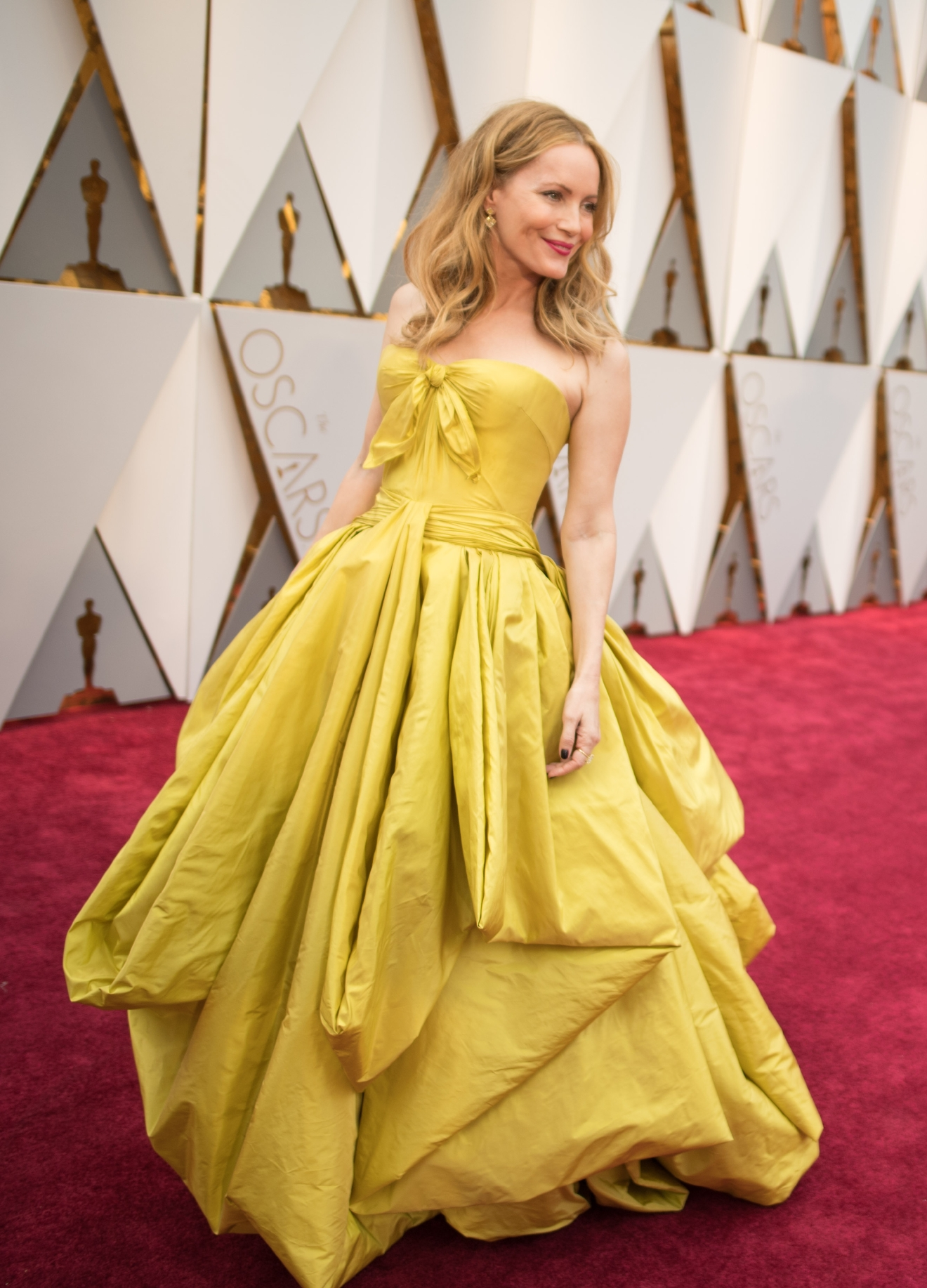 #19: Leslie Mann. We are getting Belle vibes from Leslie and we are loving every. single. ounce of it. (Image: AMPAS)