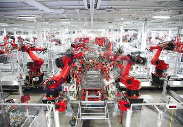 Tesla shuts down Model 3 assembly again to fix bottlenecks