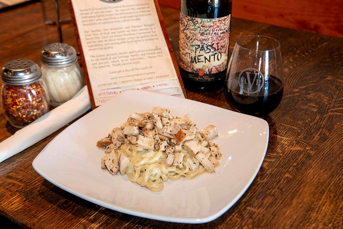 Linguini Chicken Alfredo-Passi Monto Rosso: herb-spiced chicken breast, alfredo sauce, and fresh pasta paired with a bottle of Passi Mento red wine / Image: Joe Simon // Published: 3.10.19