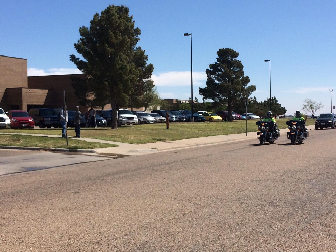 Police surrounding Randall High School late Thursday morning (Michael Runyan - ABC 7 Amarillo)