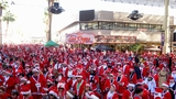 GALLERY: Thousands take to Downtown Las Vegas for the annual Las Vegas Great Santa Run