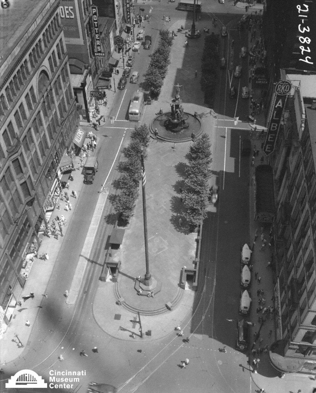 Fountain Square from the early 20th Century / Image: Paul Briol,  accessed via the Cincinnati Museum Center History Library and Archives // Published: 2.16.19