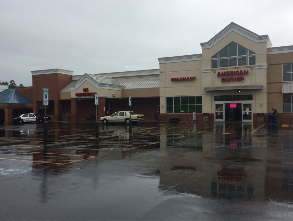 The Ingles in Brevard was forced to temporarily close on Wednesday after heavy rains caused part of the roof collapsed. (Photo credit: WLOS Staff)