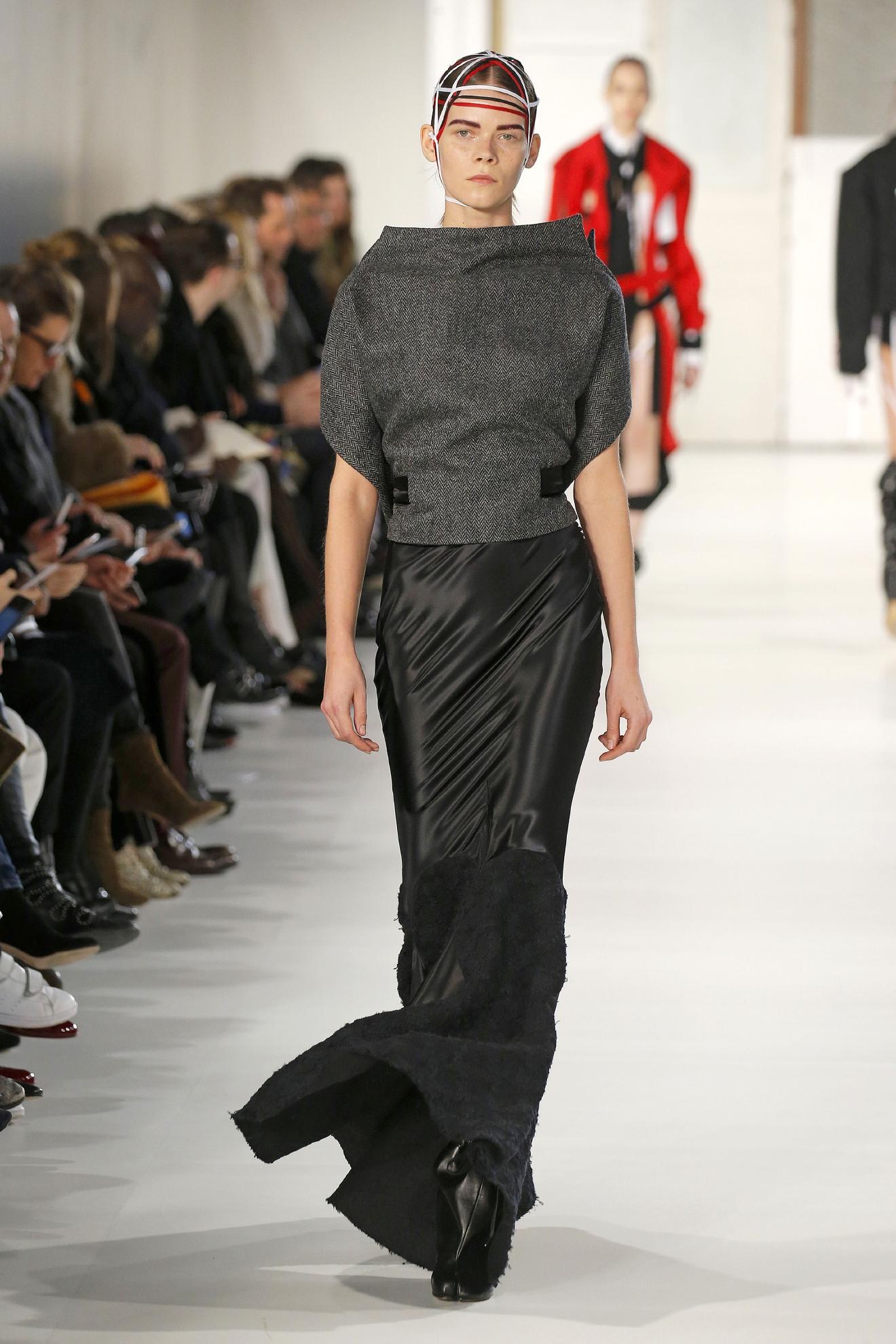 Maison de haute couture trendy maison de faux on mb - Maison de haute couture ...